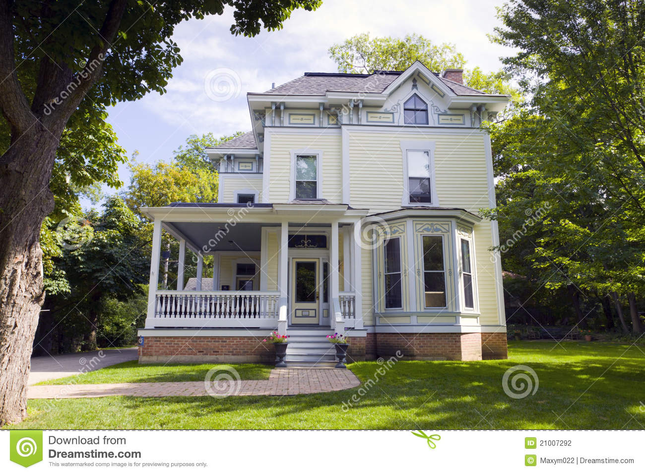 Traditional American Home Stock Photography Image 21007292