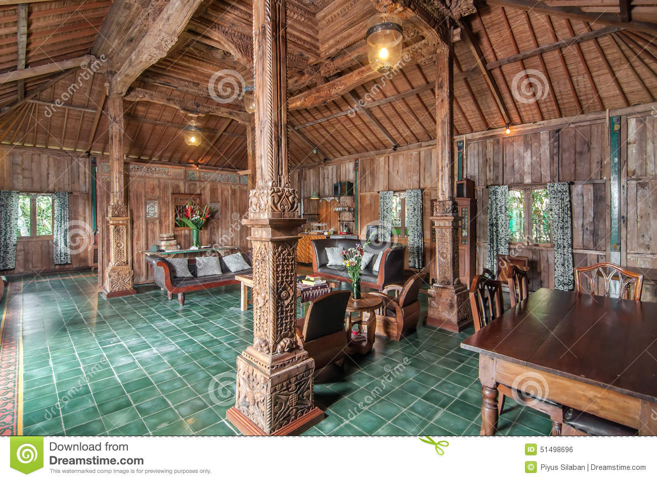 Traditional And Antique Javanese Style Living Room Villa