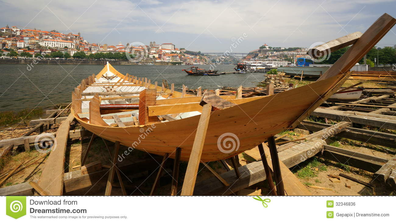 Traditional Boat Building editorial photo. Image of ship - 32346836