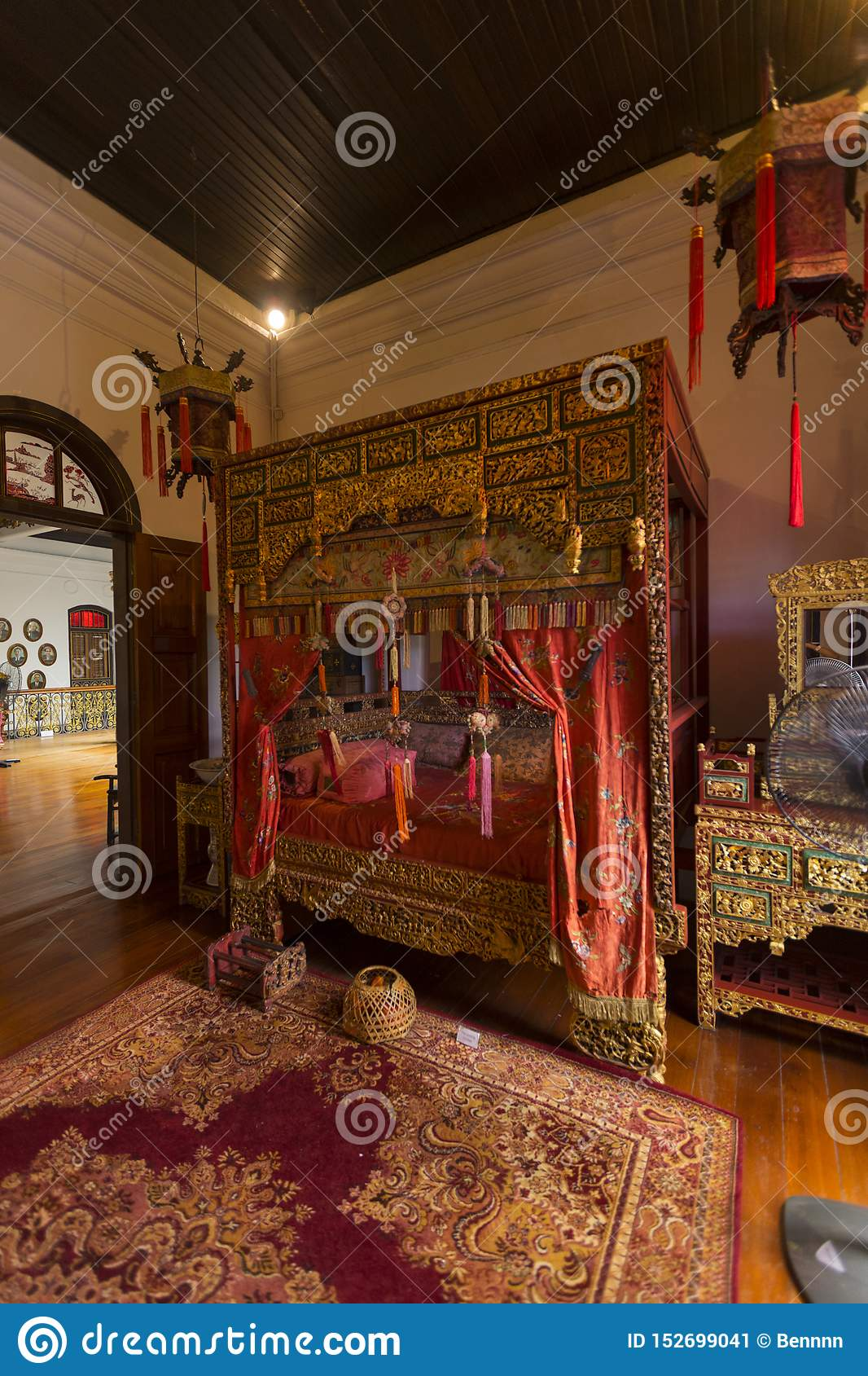 299 Traditional Chinese Bedroom Photos Free Royalty Free Stock Photos From Dreamstime