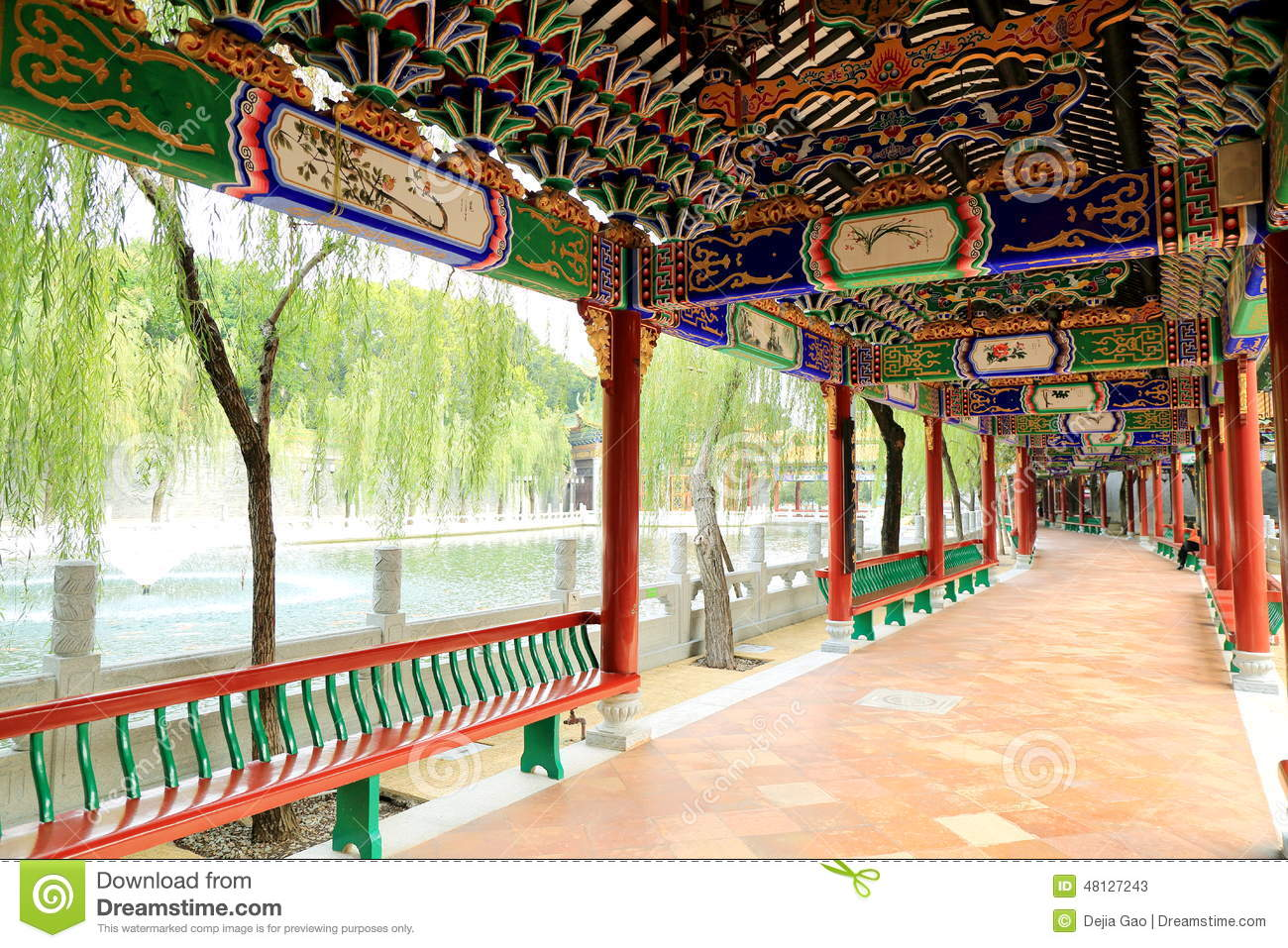 Corridor in chinese garden china stock photo image 48127243 - Decoratie corridor ...