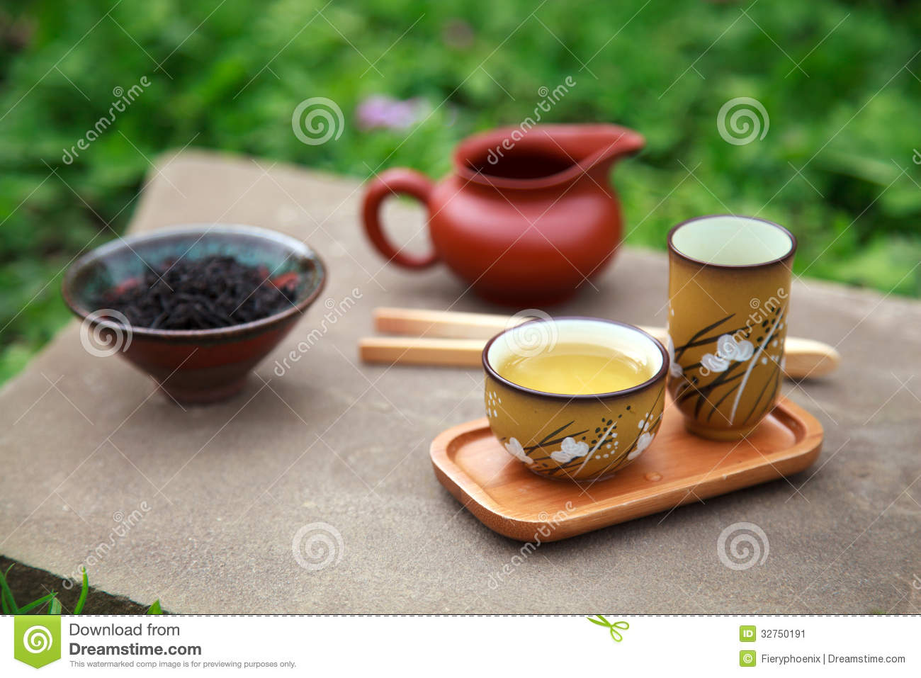 Traditional Chinese Tea Ceremony Accessories Tea Cups And