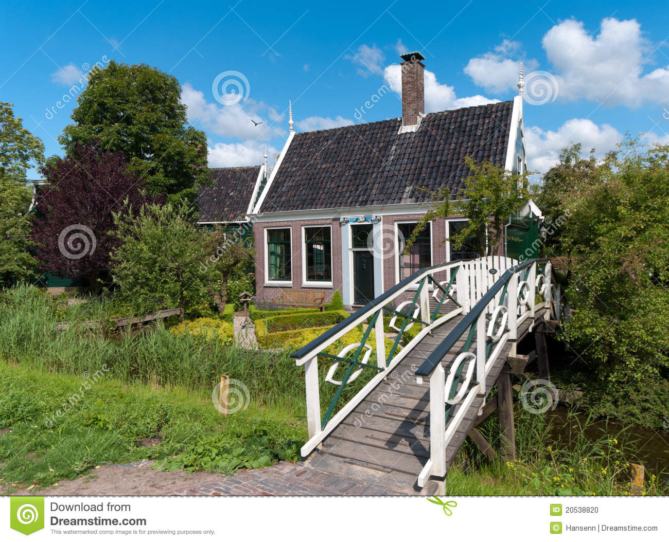 Traditional dutch house stock photo image 20538820 for Classic dutch house of 60m2