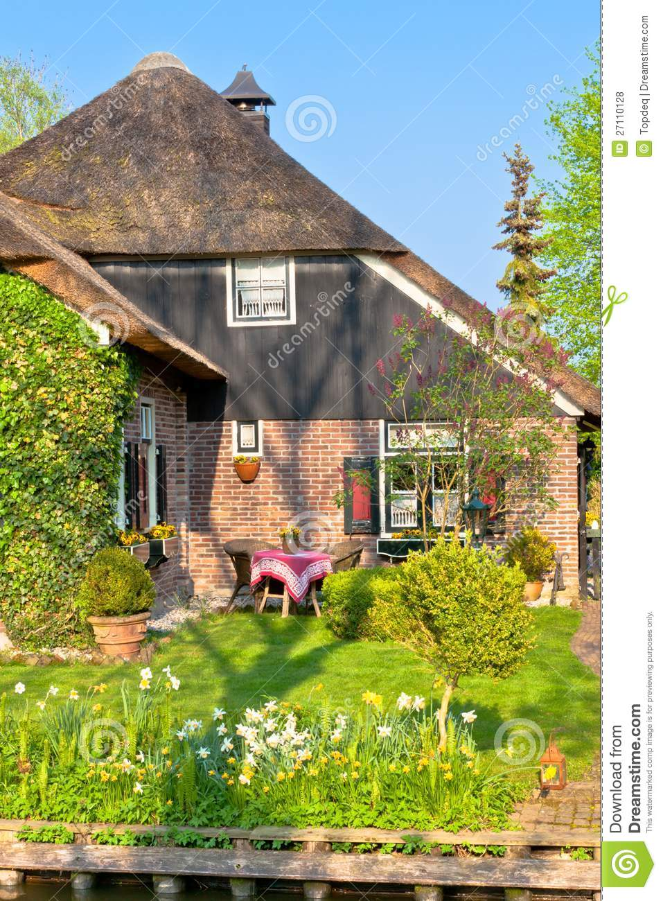 Traditional dutch house royalty free stock photos image for Dutch house