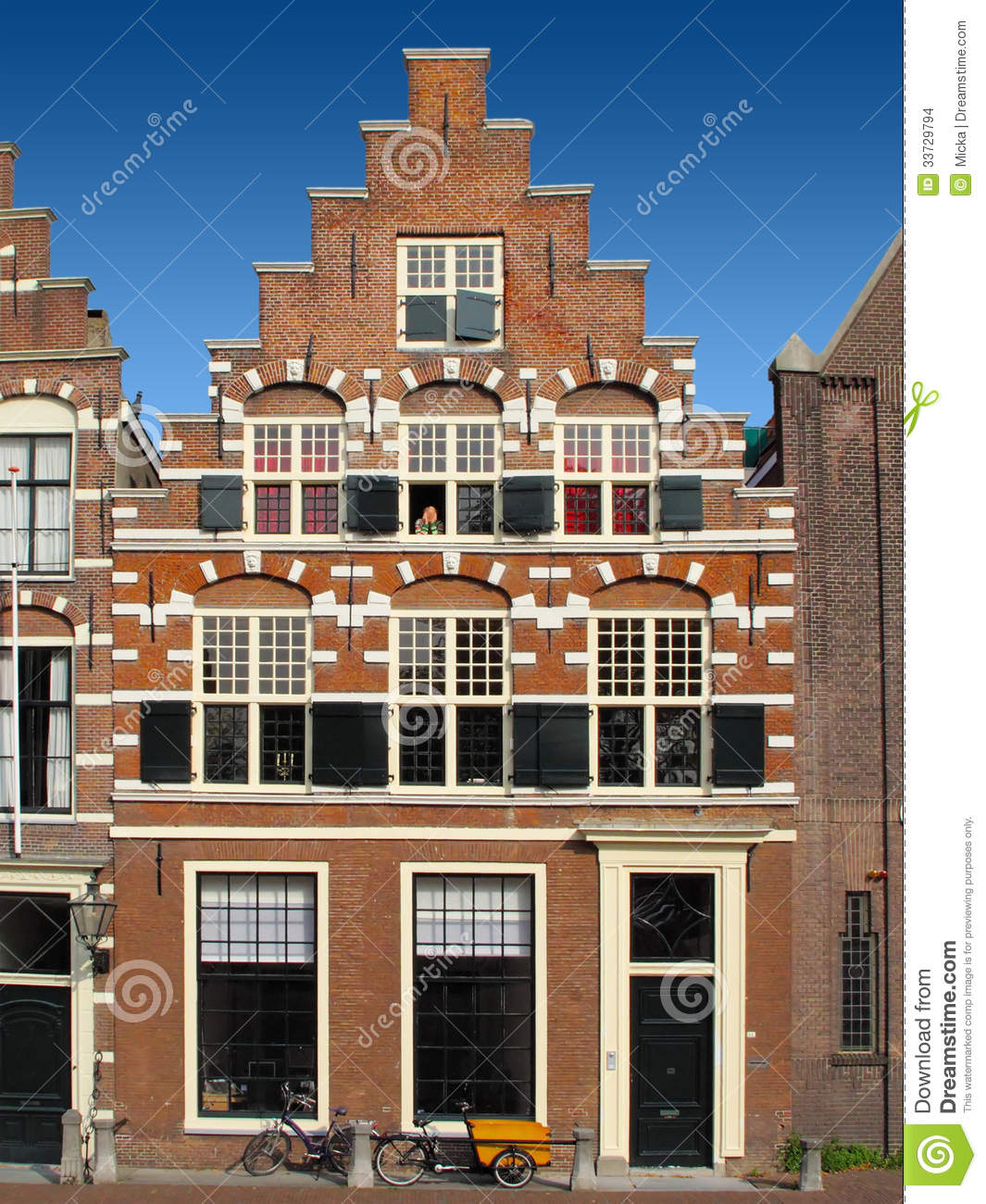 Traditional dutch house stock images image 33729794 for Dutch house