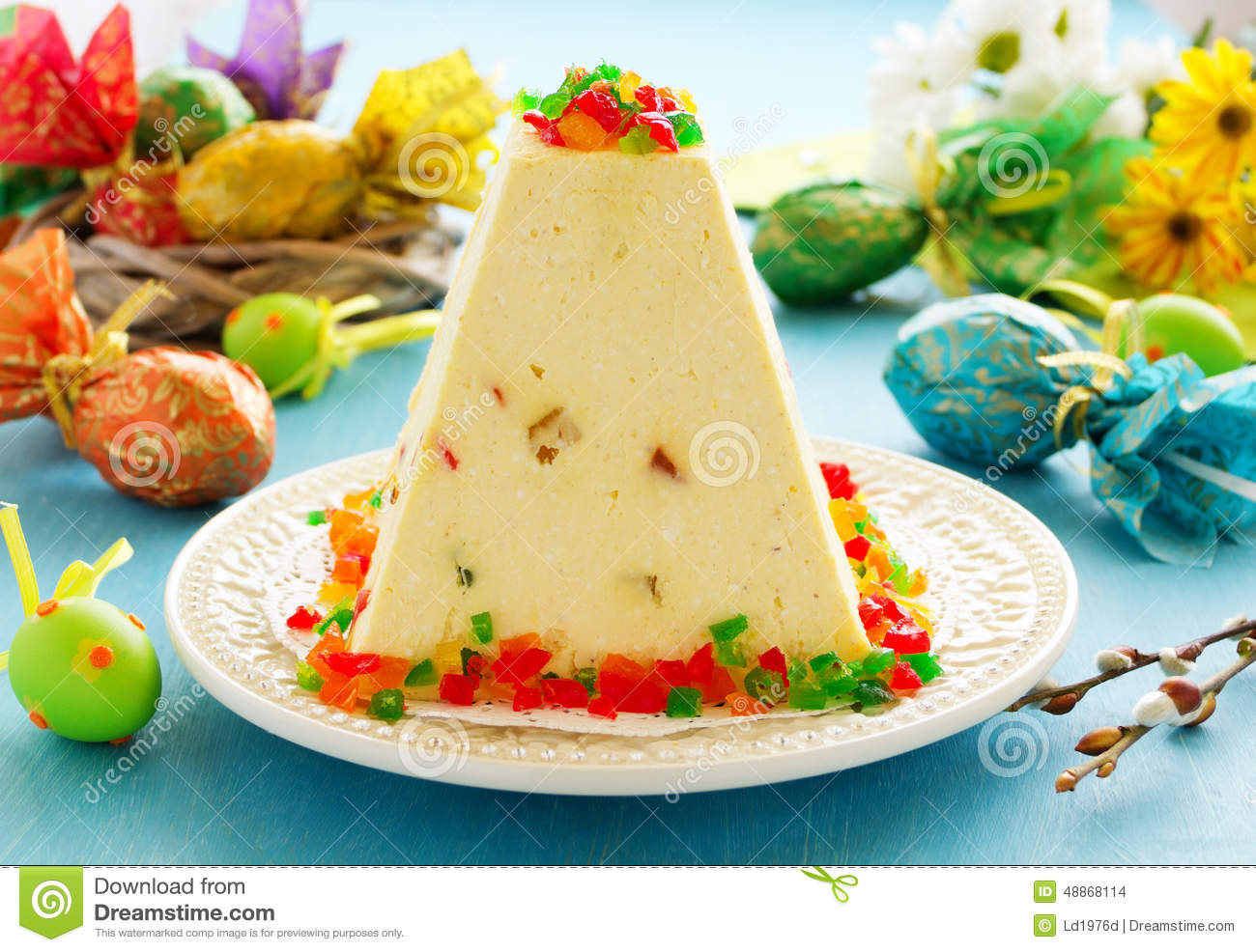 Traditional Easter dessert made from cottage cheese
