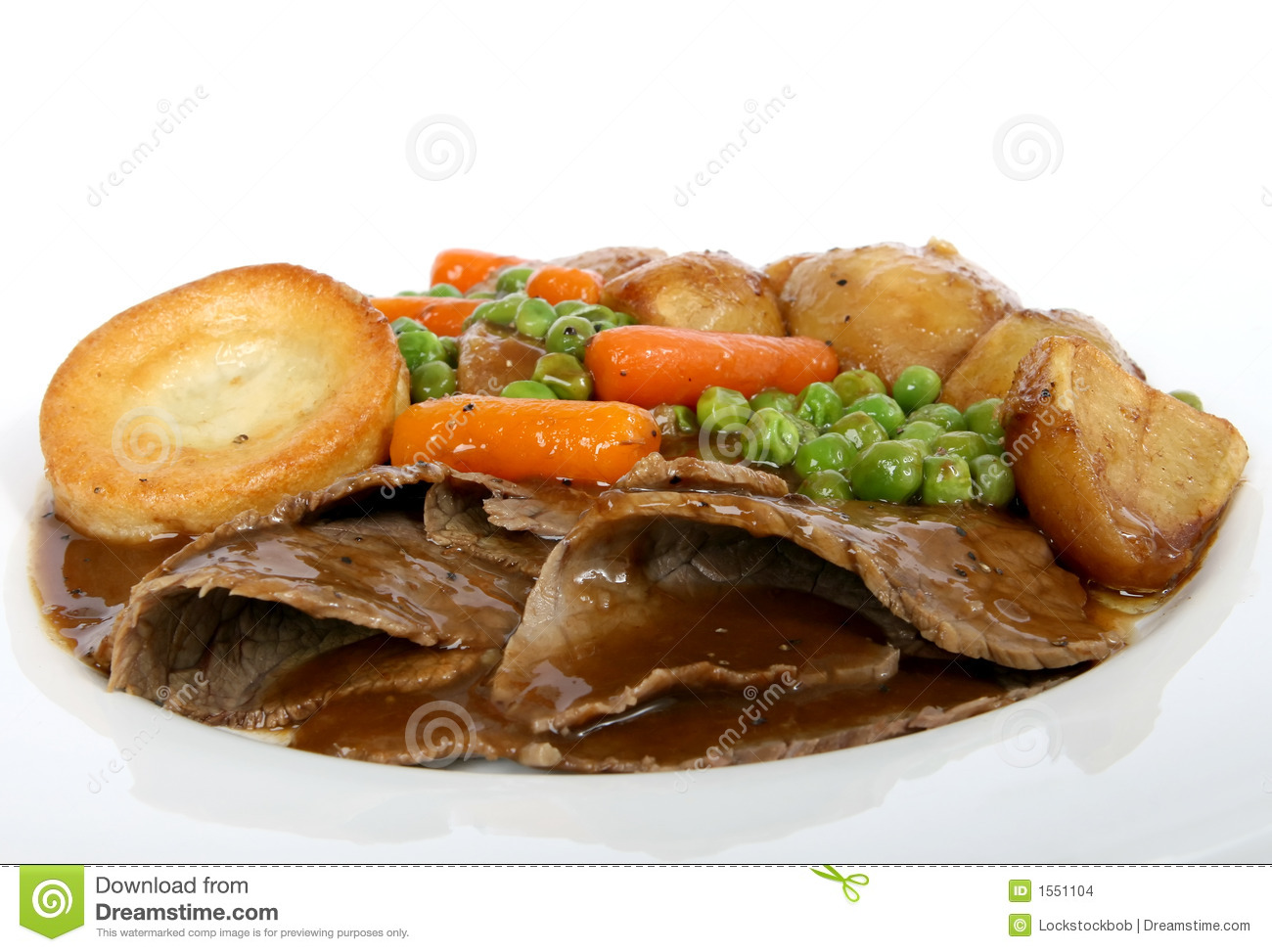 Traditional English Roast With Yorkshire Pudding Amp Summer