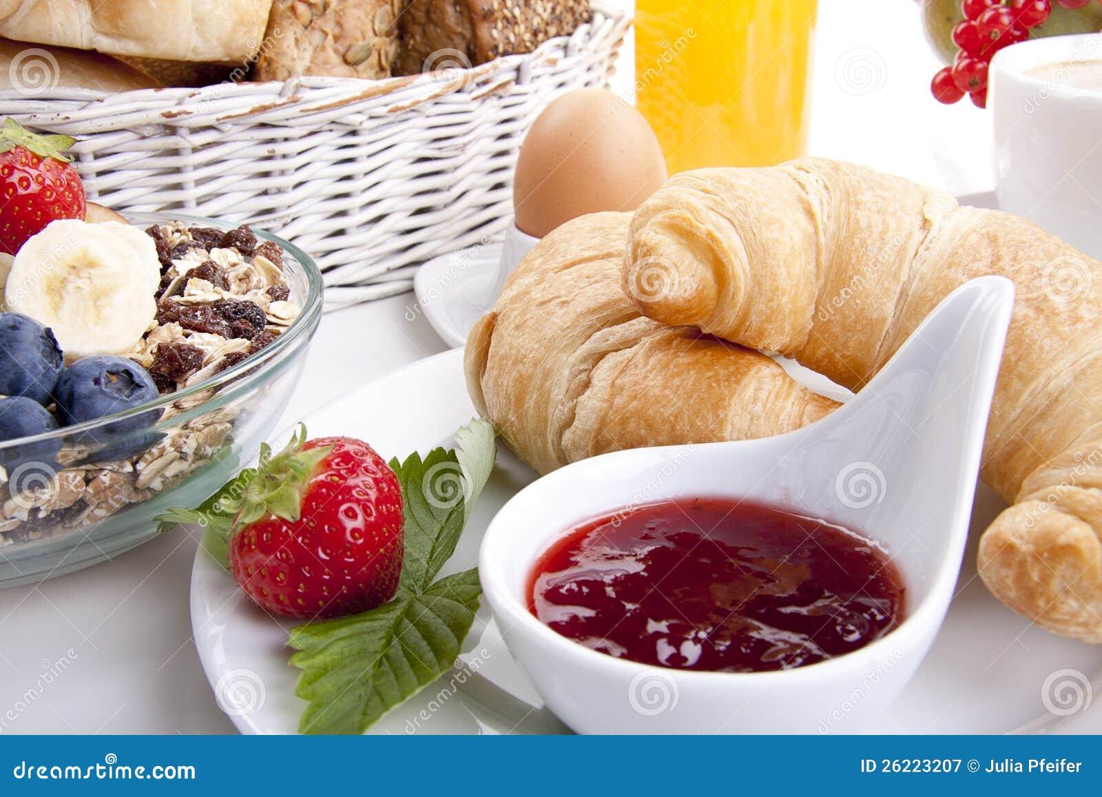 Cafe Grain Croissant