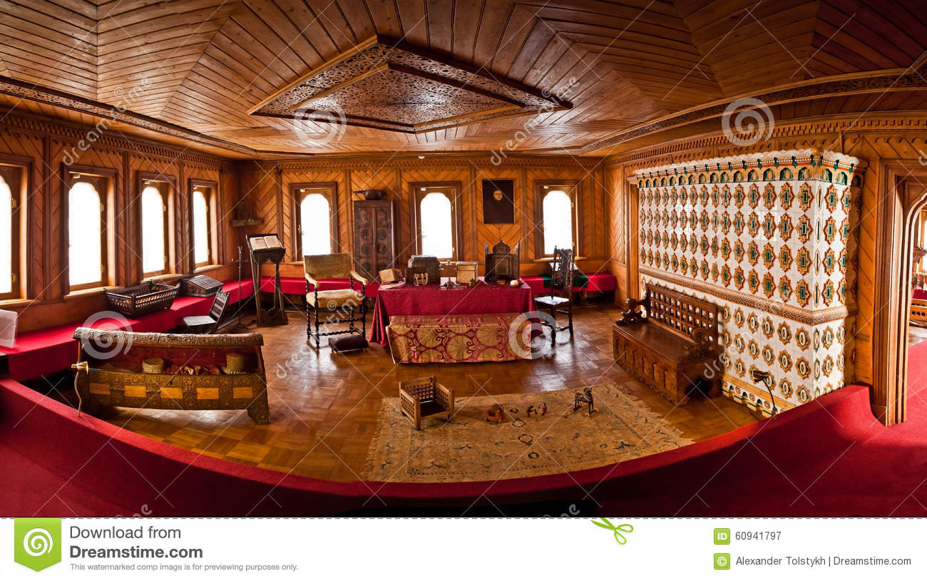 Traditional home interior russian aristocracy of the 17th for Traditional house interior