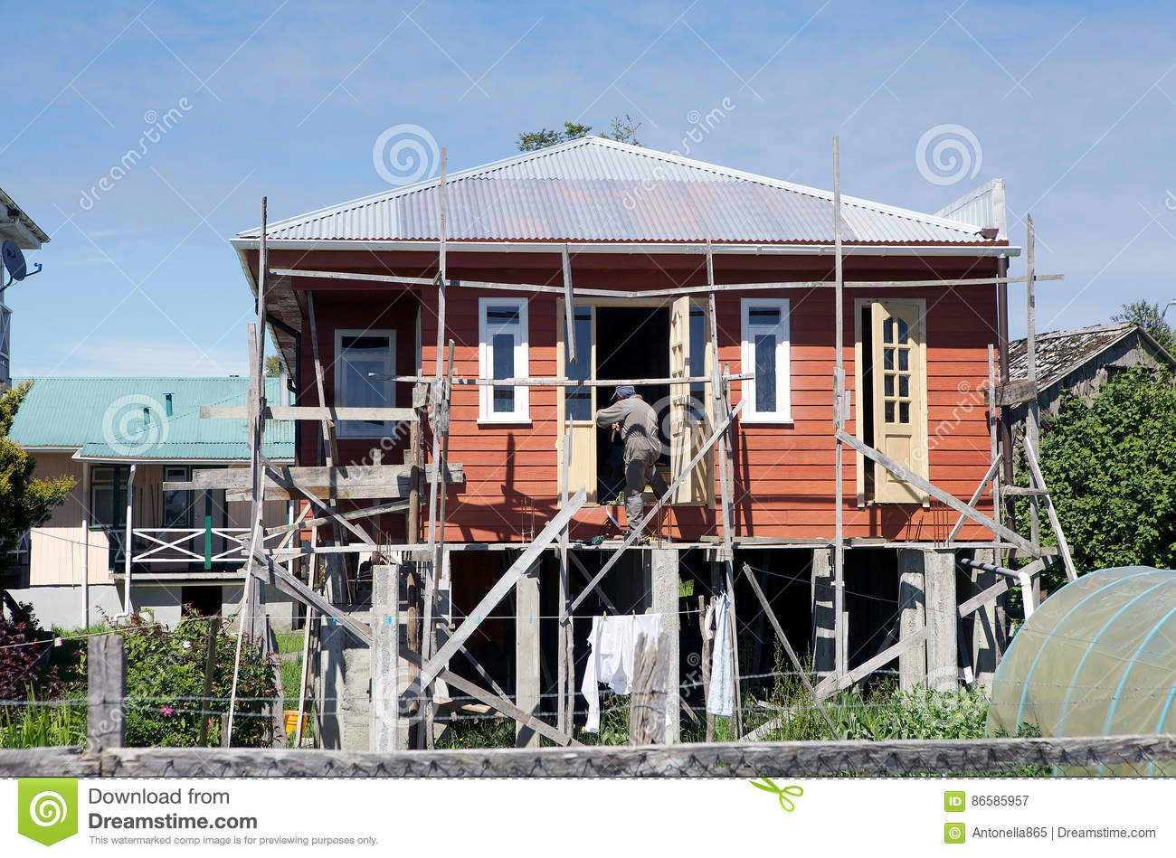 Traditional house in chiloe chile editorial photography for Traditional house building