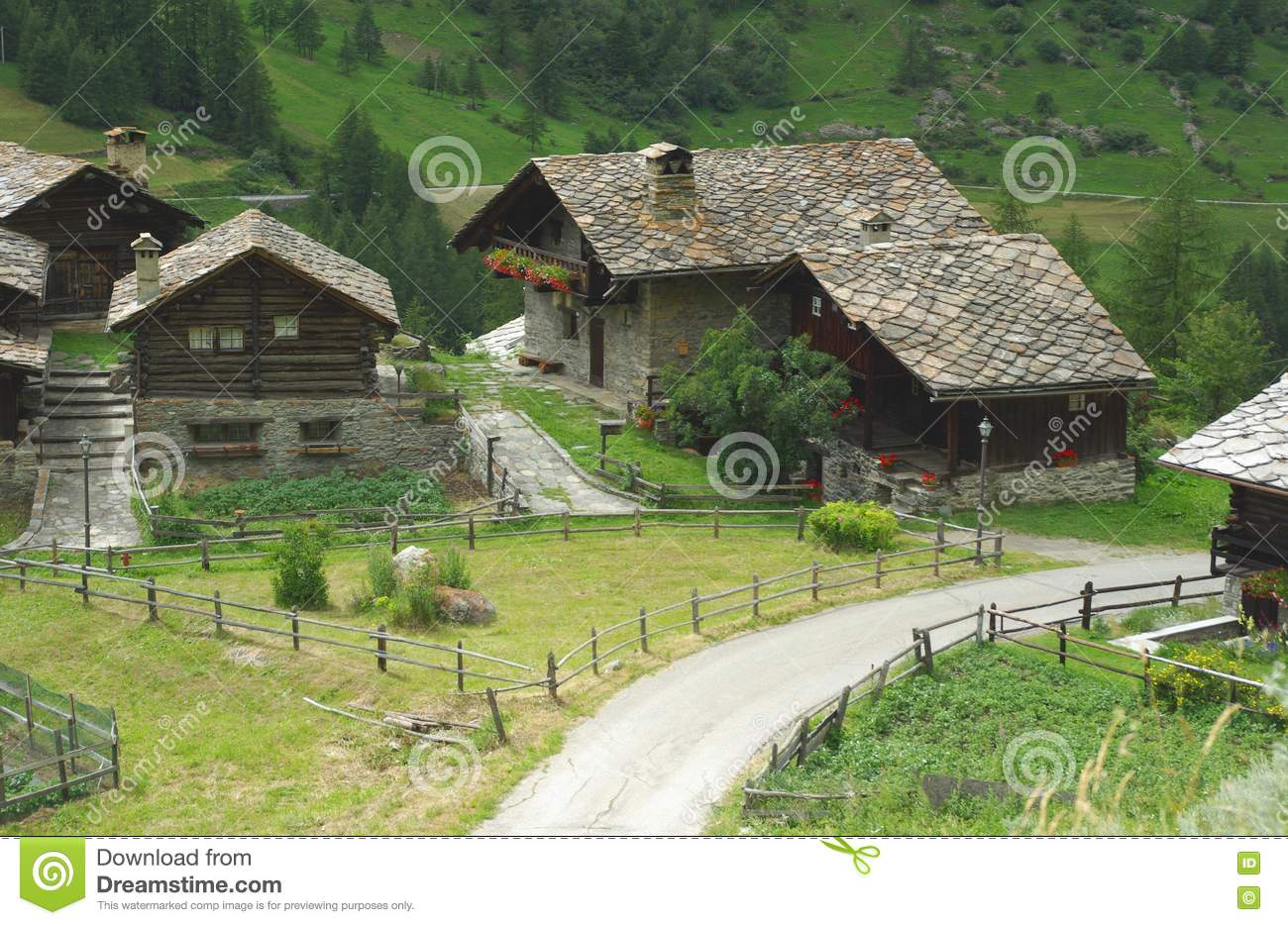 Traditional Houses Italy Stock Photos Image 10139603