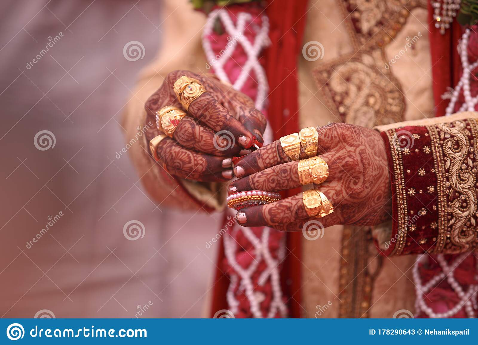 Traditional Indian Wedding Ceremony Groom Hand Stock Image Image Of Bridal Background 178290643