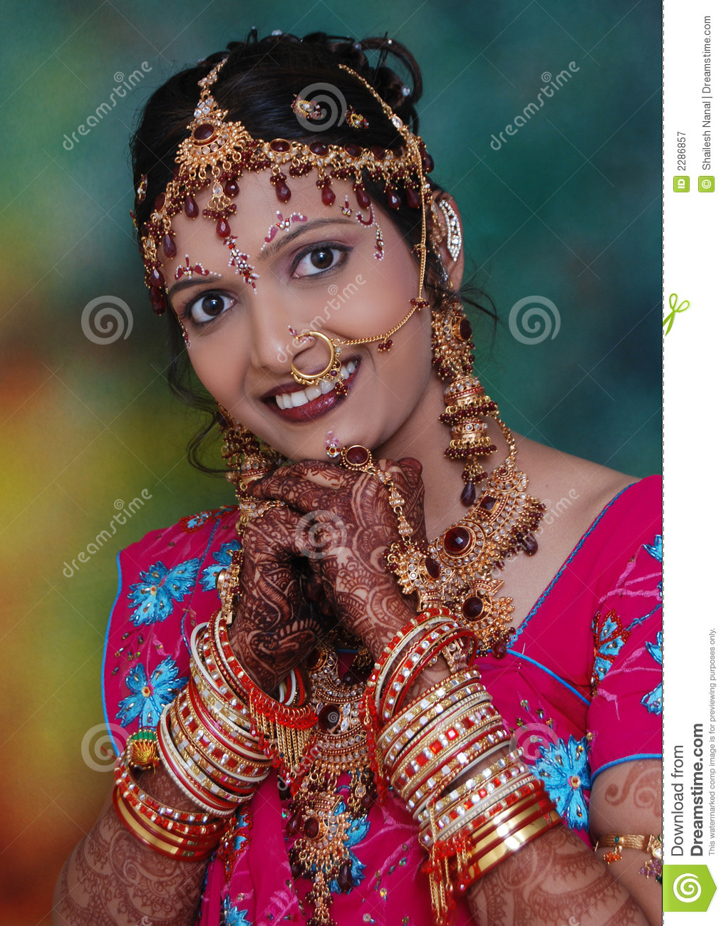 Traditional indian woman stock image image of beautiful for Traditional photos