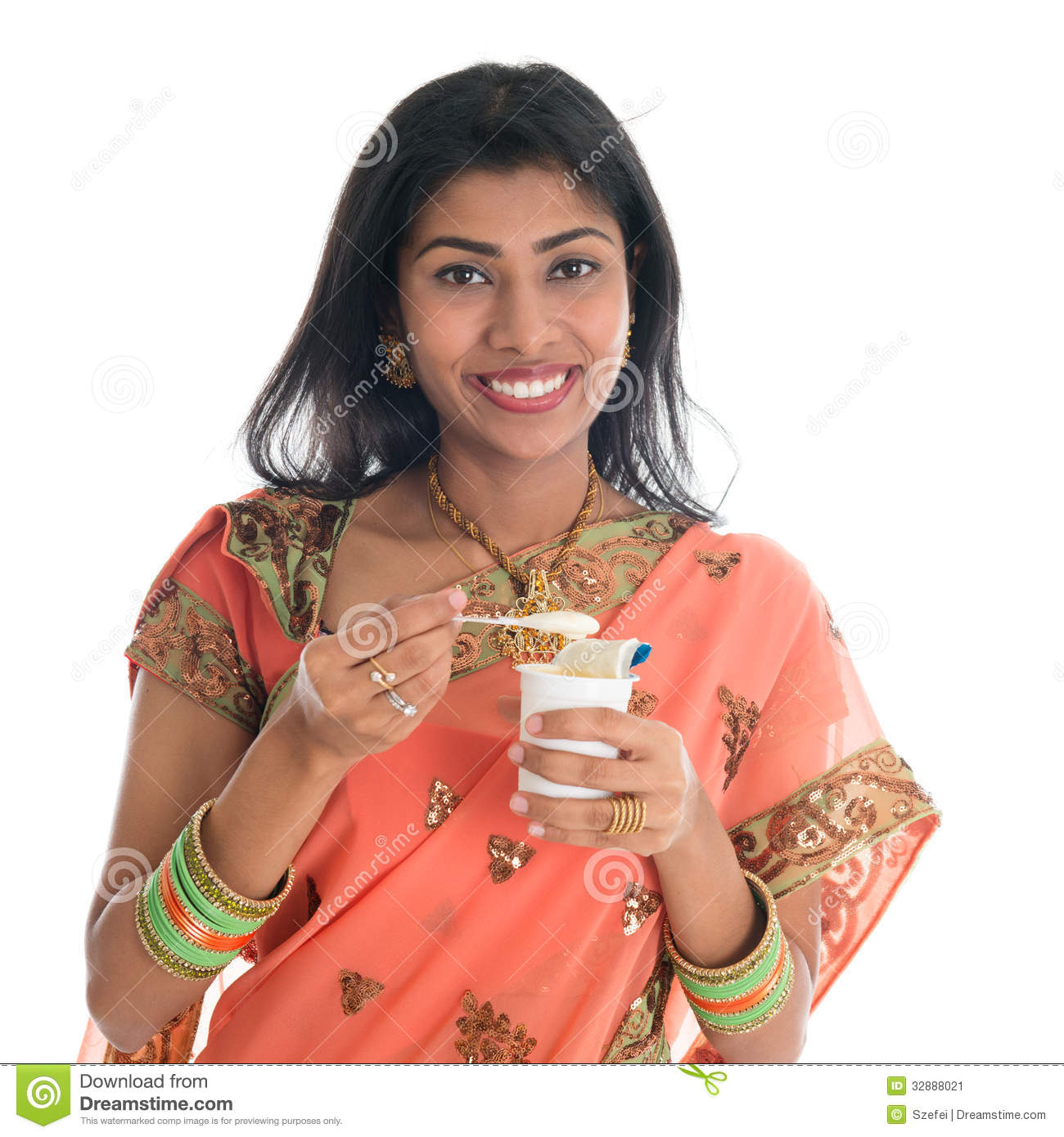 hindu single women in happy Life after divorce for women in india is they know when you are not truly happy and the pretense of a false marriage is also indian women and dating after.