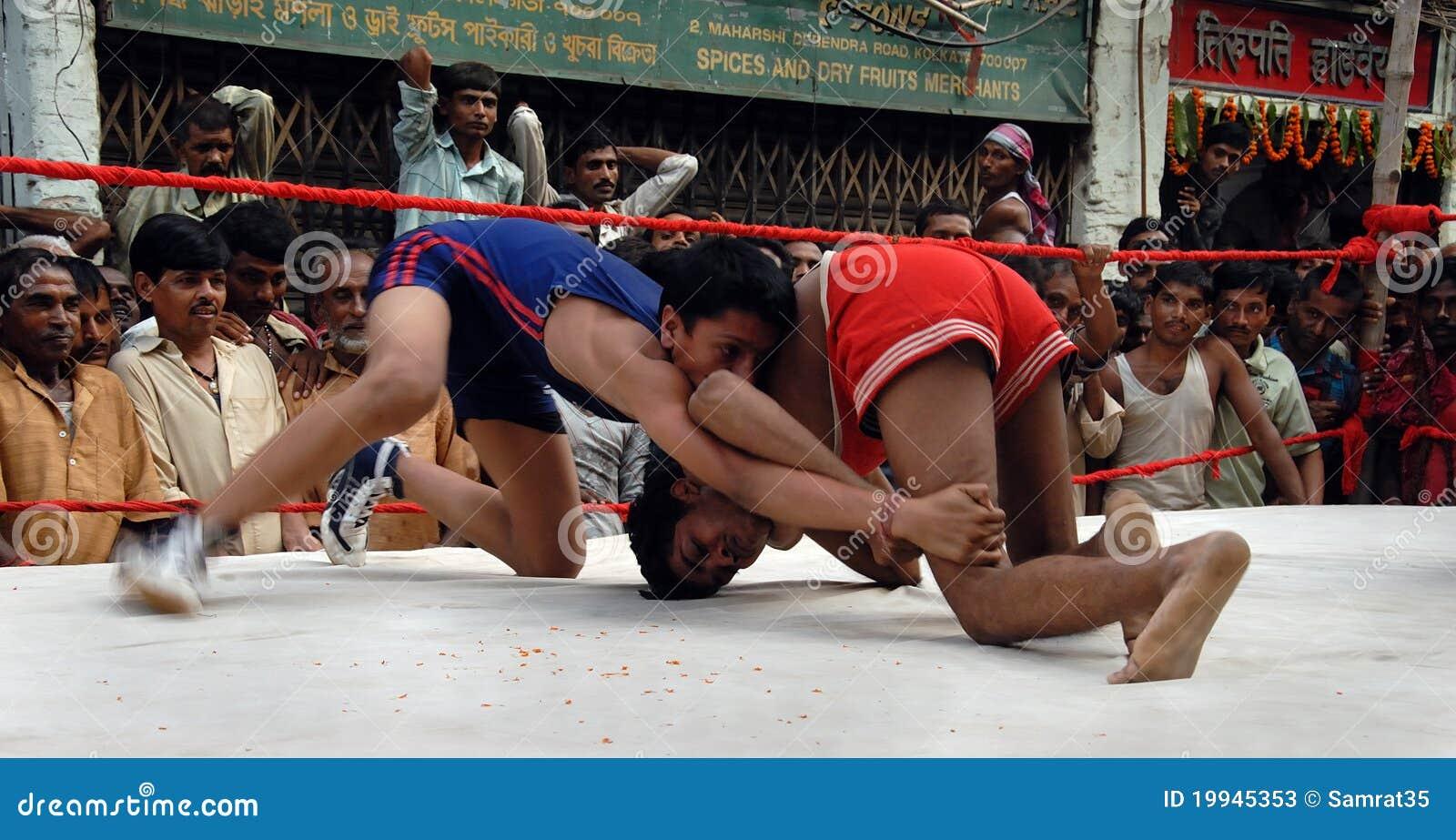 indian wrestler kids Traditional Indian Wrestling Stock Photos