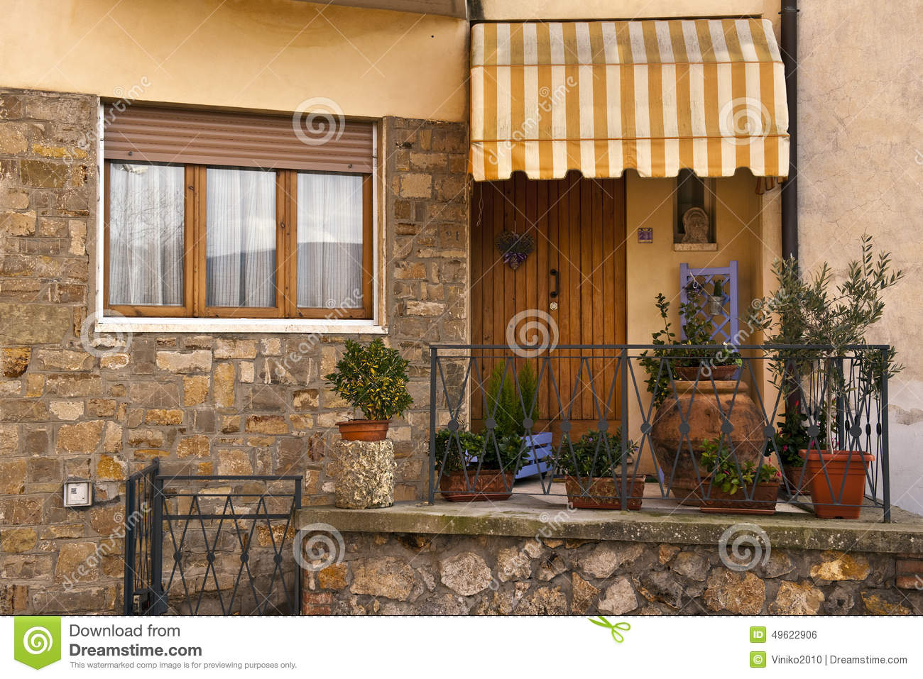 Traditional italian home stock photo image 49622906 for Classic italian house
