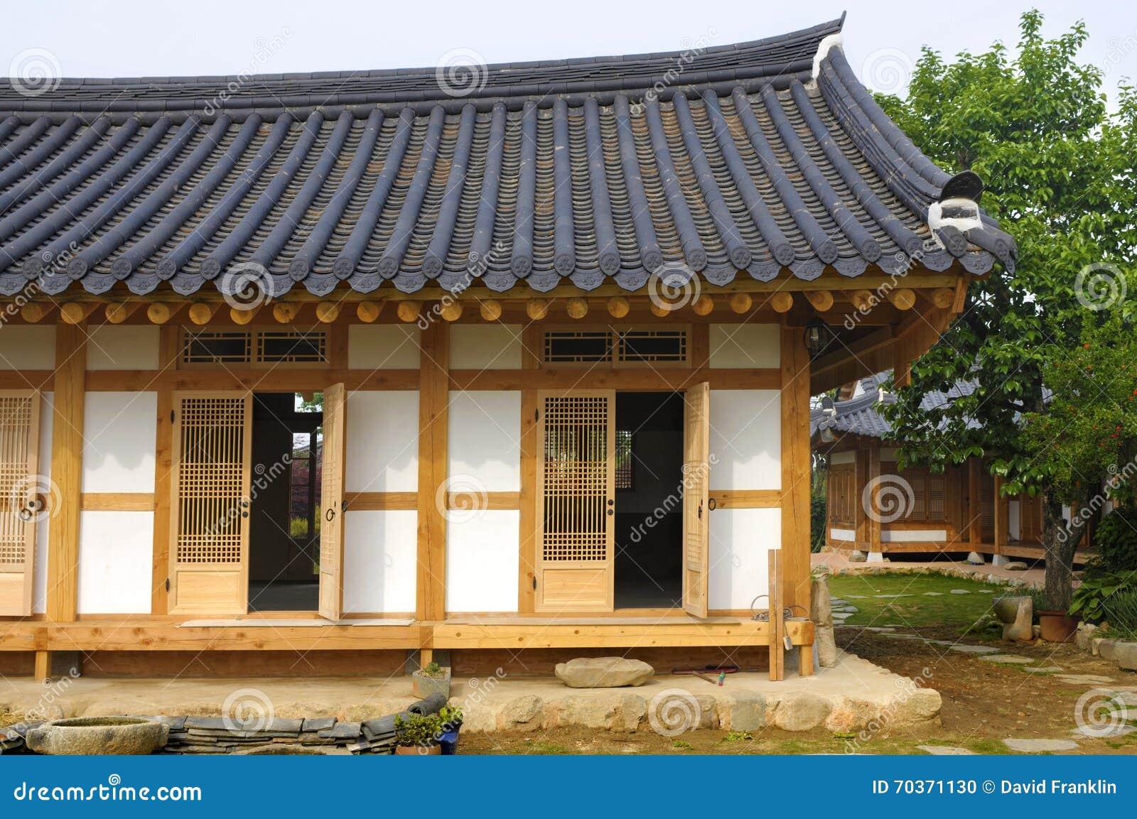 ^ raditional Korean House, South Korea Stock Photo - Image: 70371130