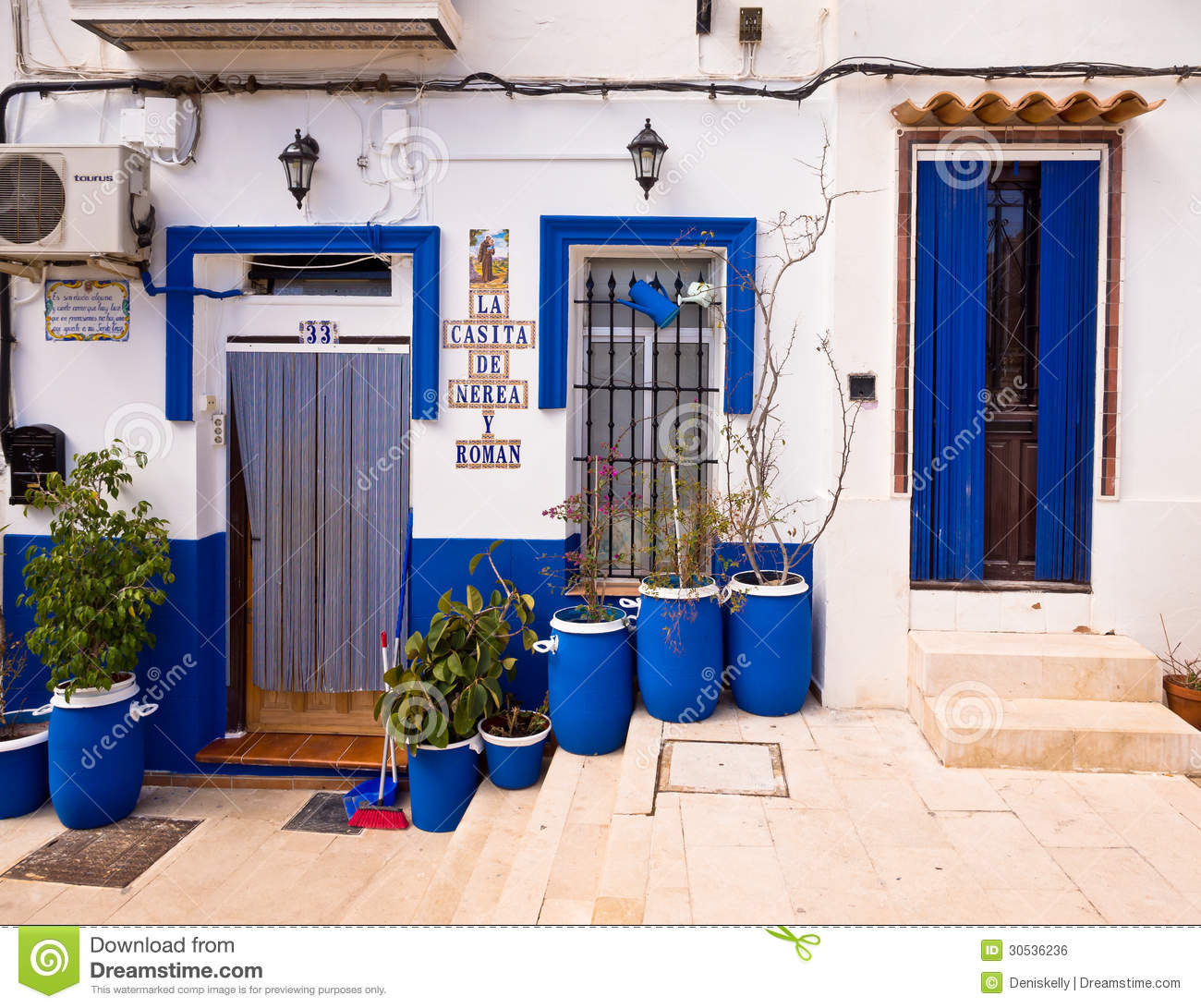 Traditional old house in alicante spain editorial photo - Tiny house espana ...