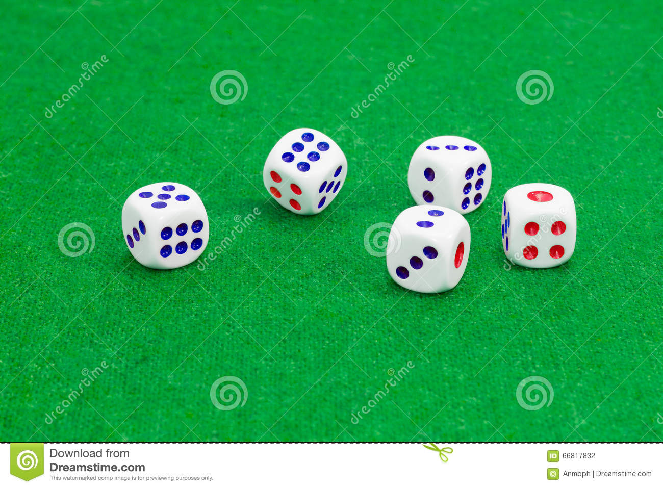 Traditional Plastic Sixsided Dice On Table With Green Cloth Stock - Six sided table
