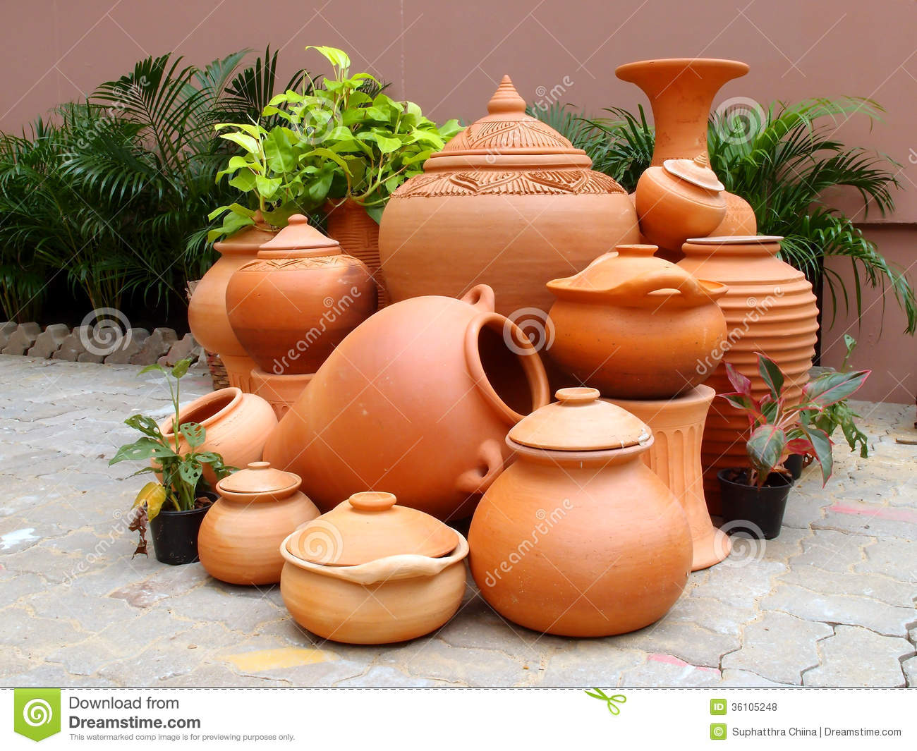 Traditional Pottery Gardening Royalty Free Stock Photos Image