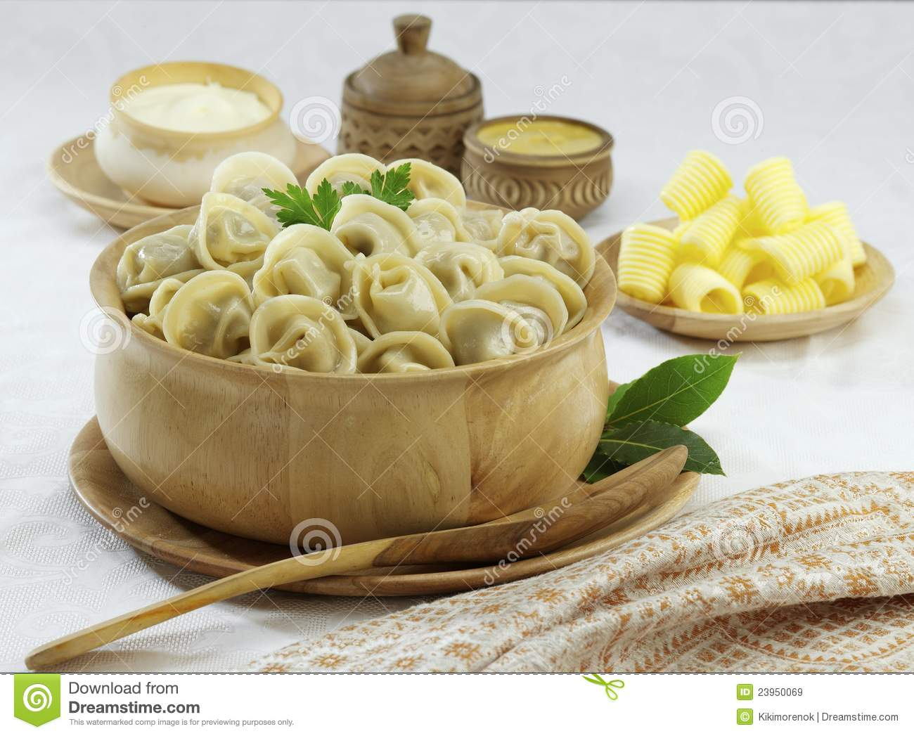 Traditional russian food pelmeni royalty free stock images for Authentic russian cuisine