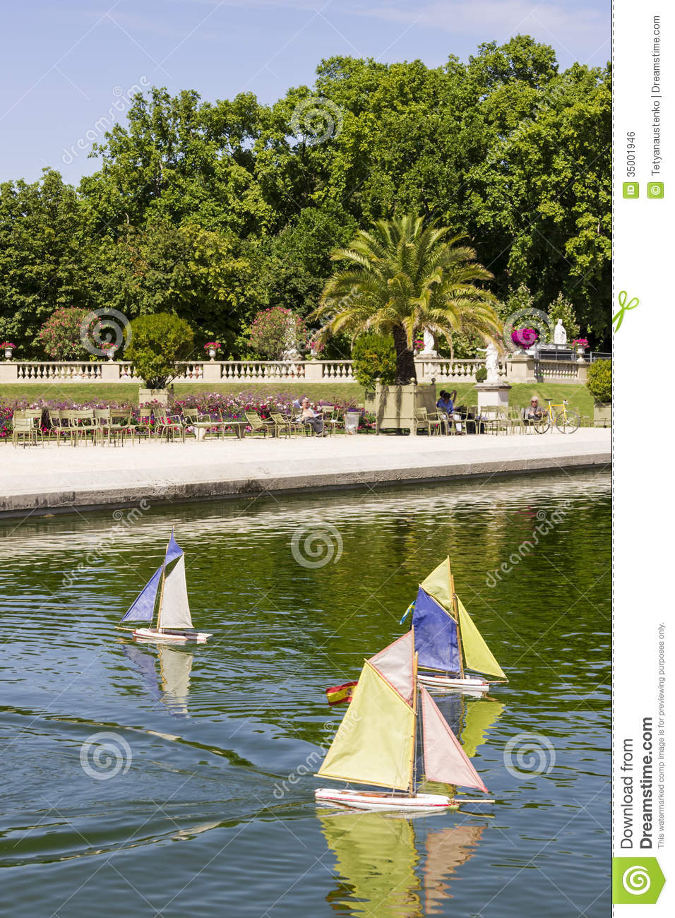 Traditional Small Wooden Sailing Boat In The Pond Of Park Jardin Stock Photo - Image: 35001946