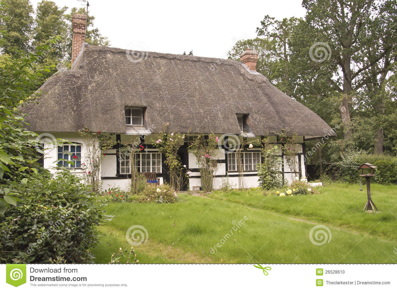 Oxford (AL) United States  City pictures : Traditional Thatched Roof Cottage Stock Photo Image: 26528610