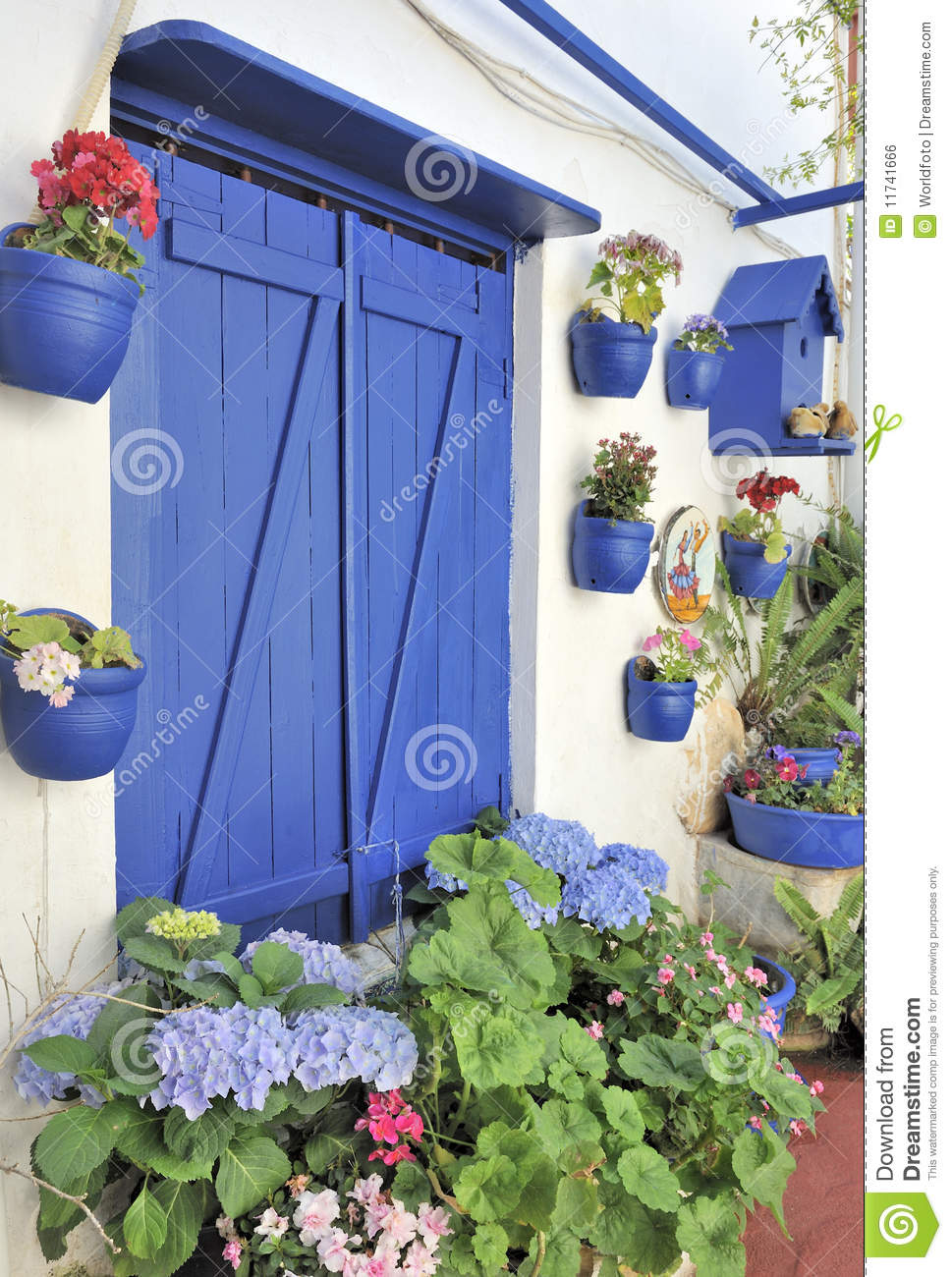 Traditional turkish house royalty free stock image image for Maison traditionnelle turque
