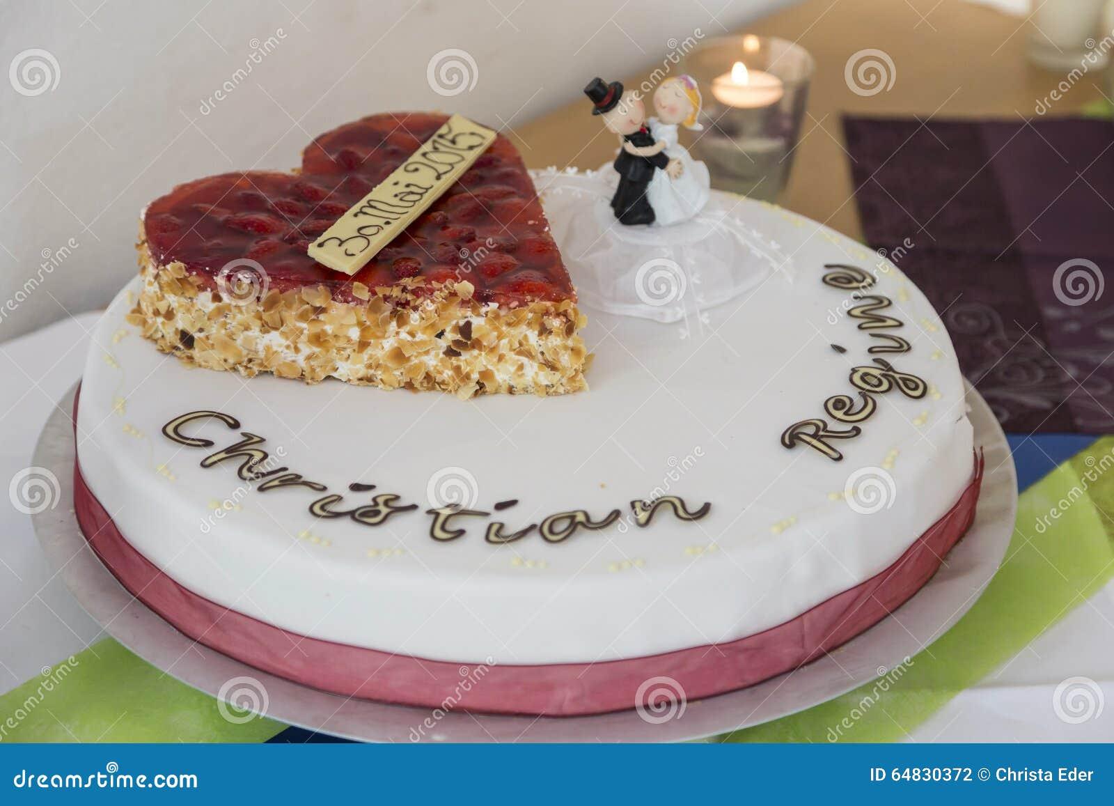 Traditional wedding cake stock photo. Image of etagere - 64830372
