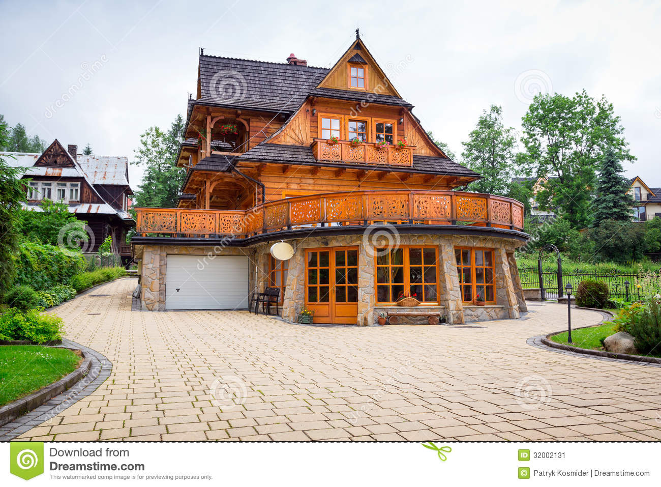 Traditional wooden house architecture in zakopane stock for Traditional house architecture
