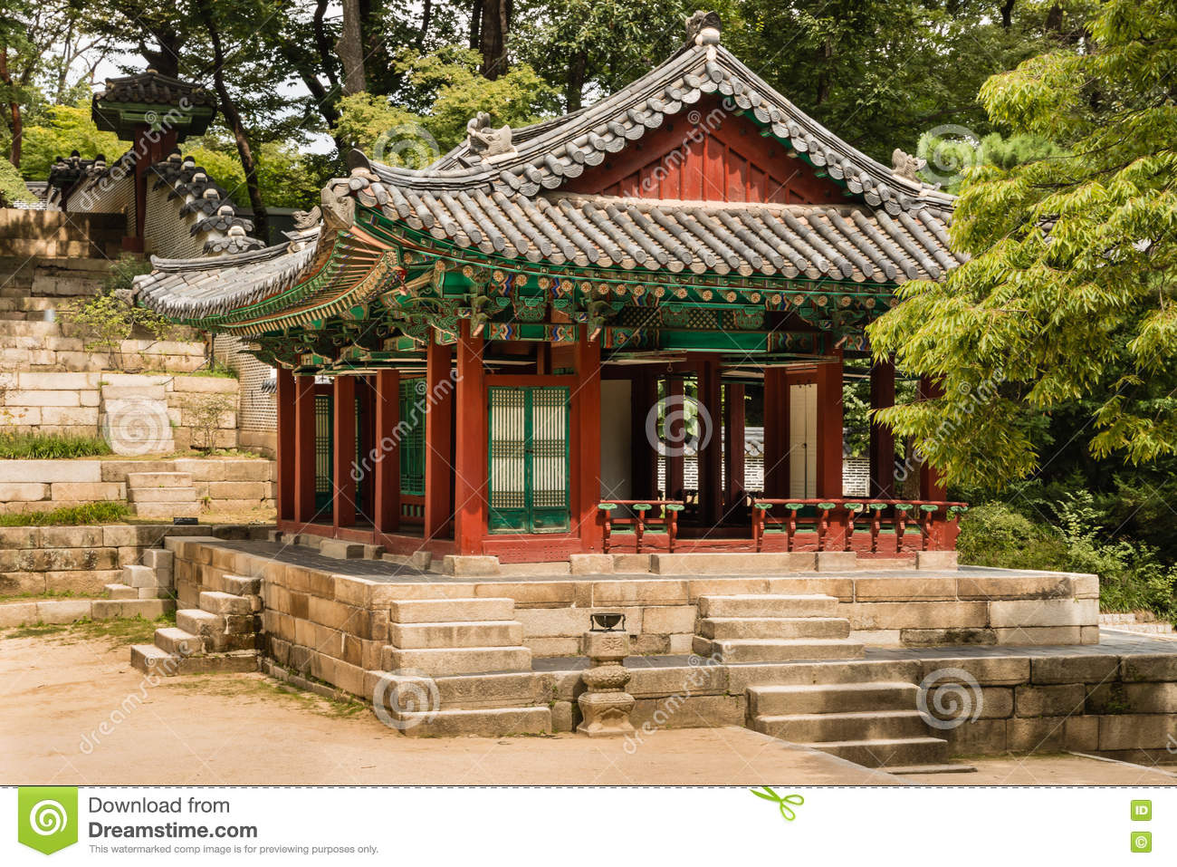 Traditional Wooden Pavilion In Secret Garden Of Changdeokgung Palace ...