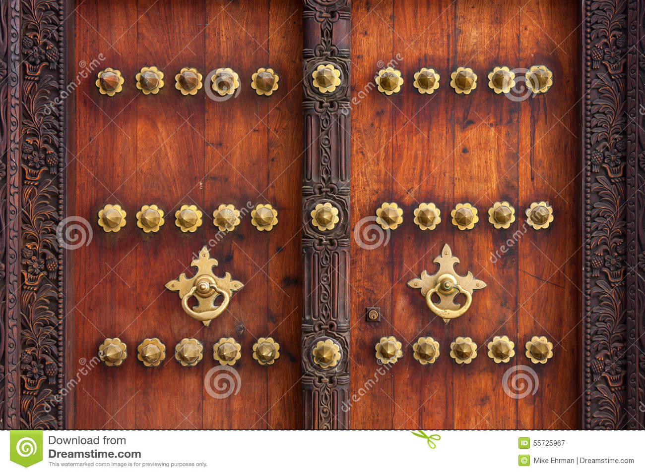 Royalty-Free Stock Photo. Download Traditional Zanzibar Door ... & Traditional Zanzibar Door Exterior Stock Photo - Image: 55725967 pezcame.com