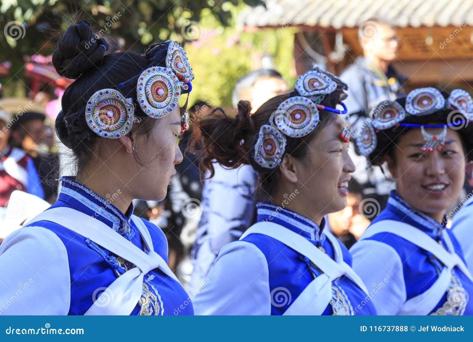 Traditionele danser in Yunnan China