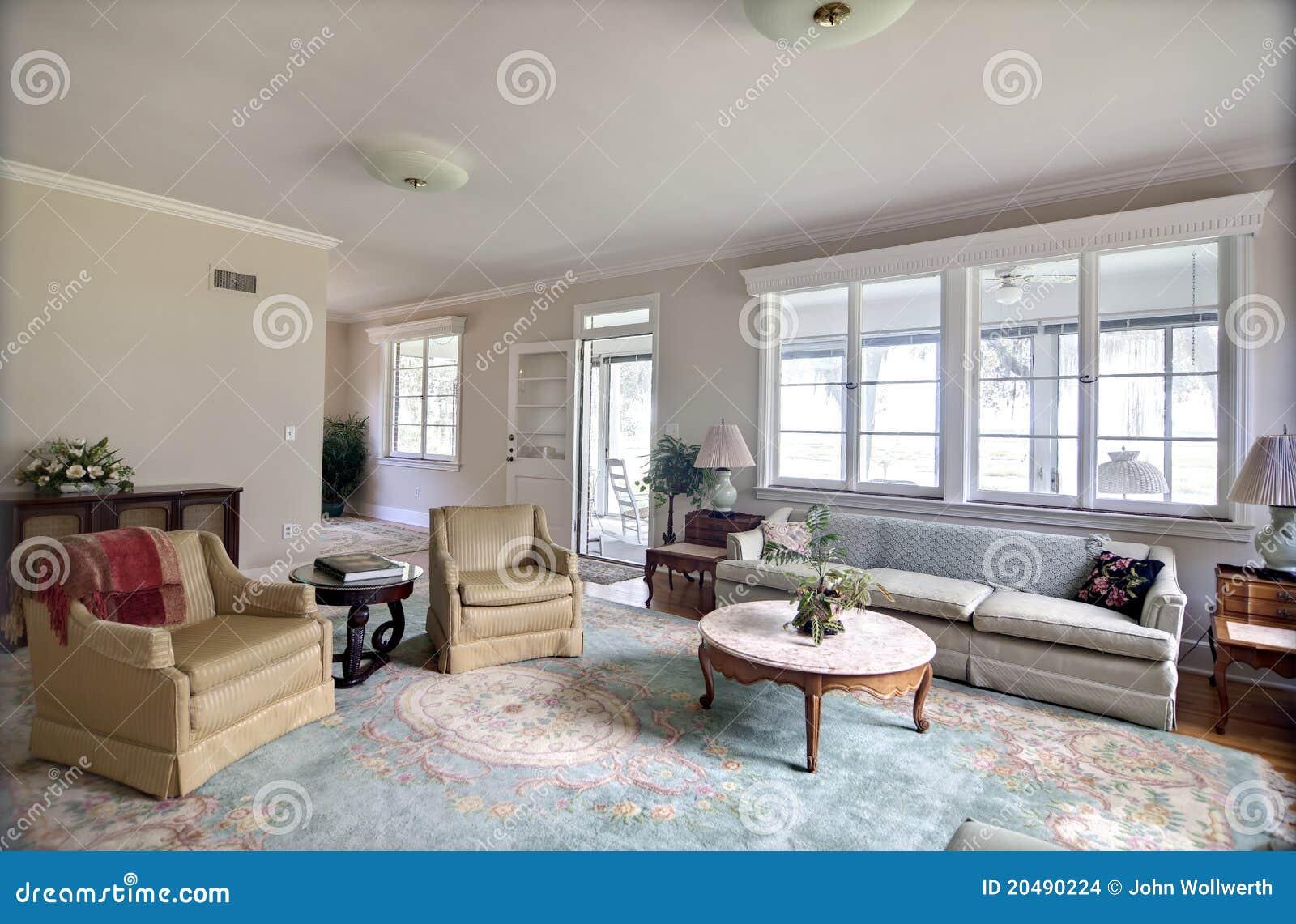 Traditionele gedateerde woonkamer stock afbeeldingen beeld 20490224 - Meubilair tv industrie ...