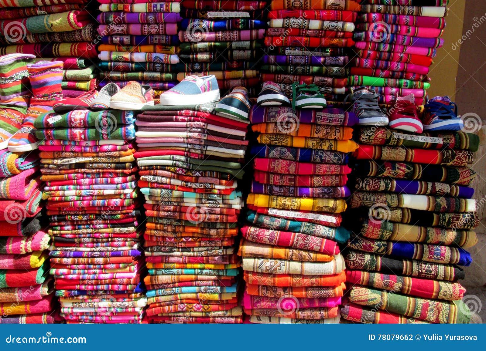 Traditionele quechua kleurrijke textil