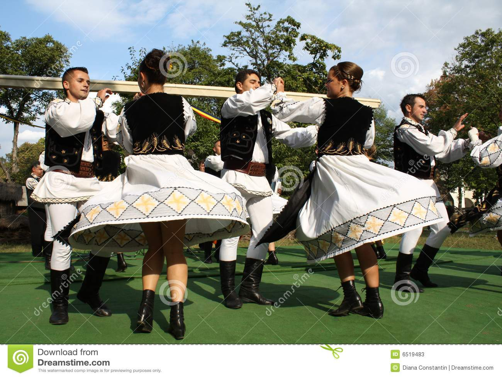 Traditionele Roemeense dans