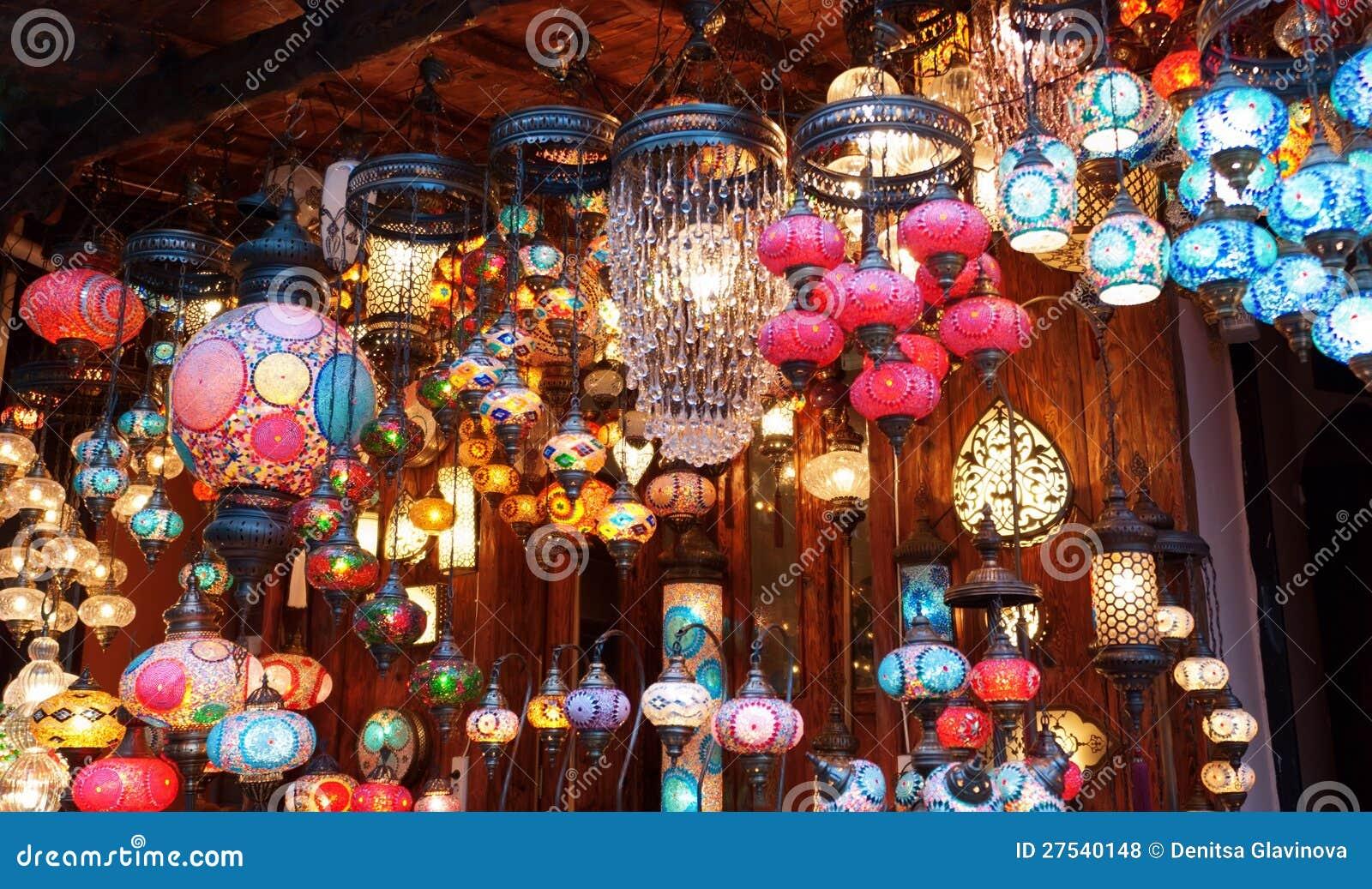 Traditionele uitstekende turkse lampen royalty vrije stock foto 39 s afbeelding 27540148 - Oostelijk licht ...