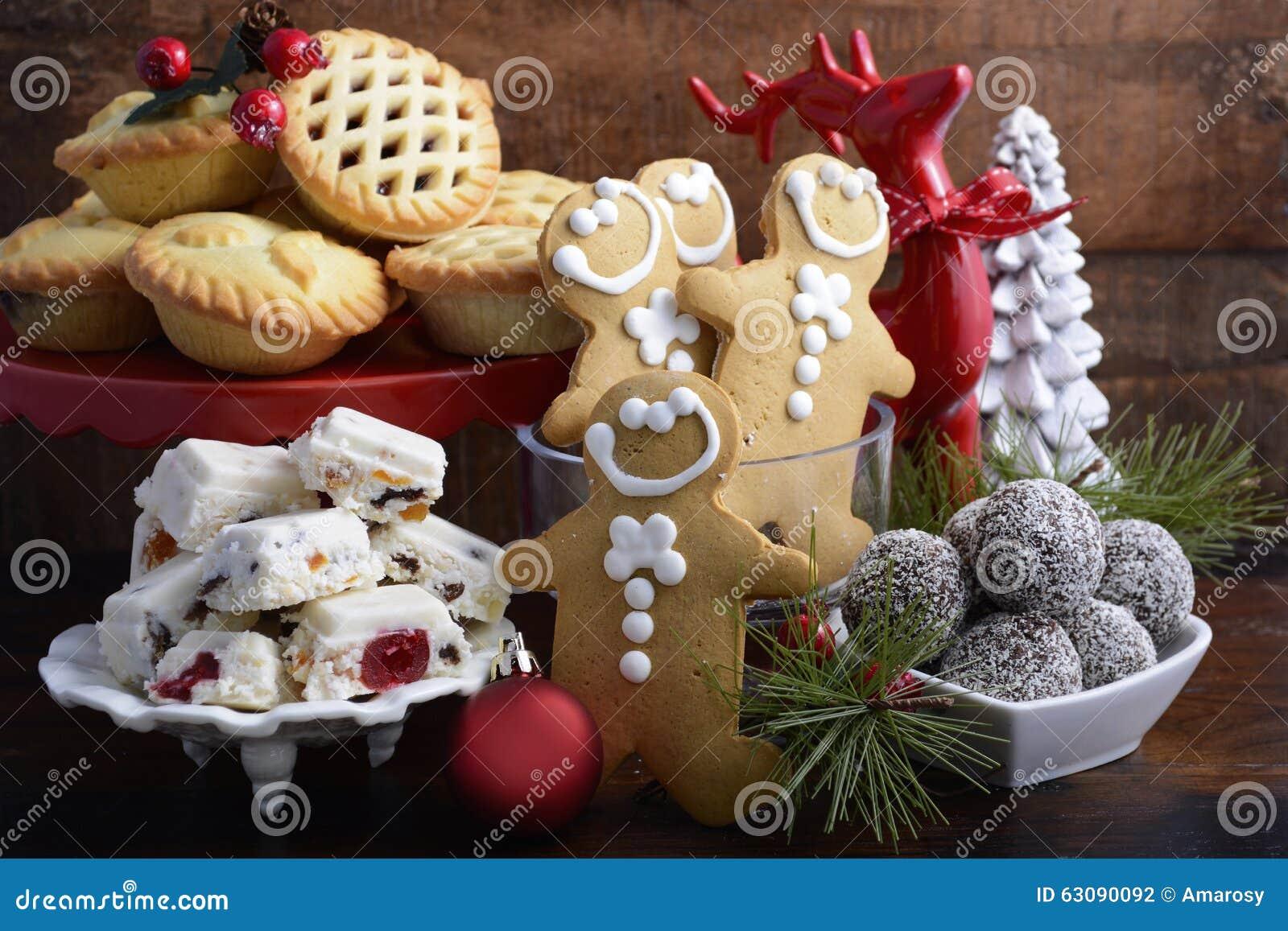 Traditionell julsötsaker och partimat