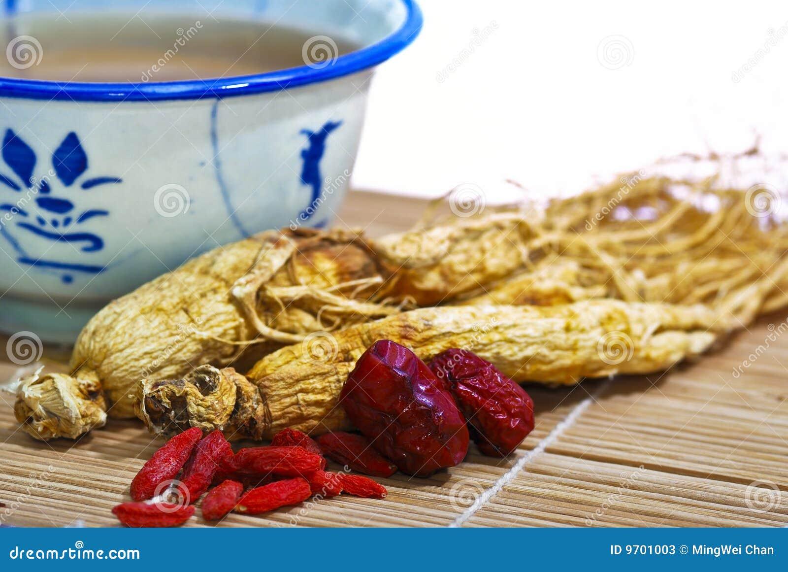 Traditionell soup för 04 ginseng