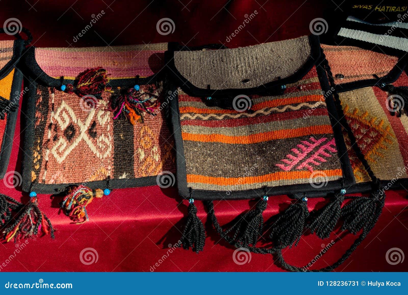 Traditionell turkisk handväska handcrafts så broderisouvenir