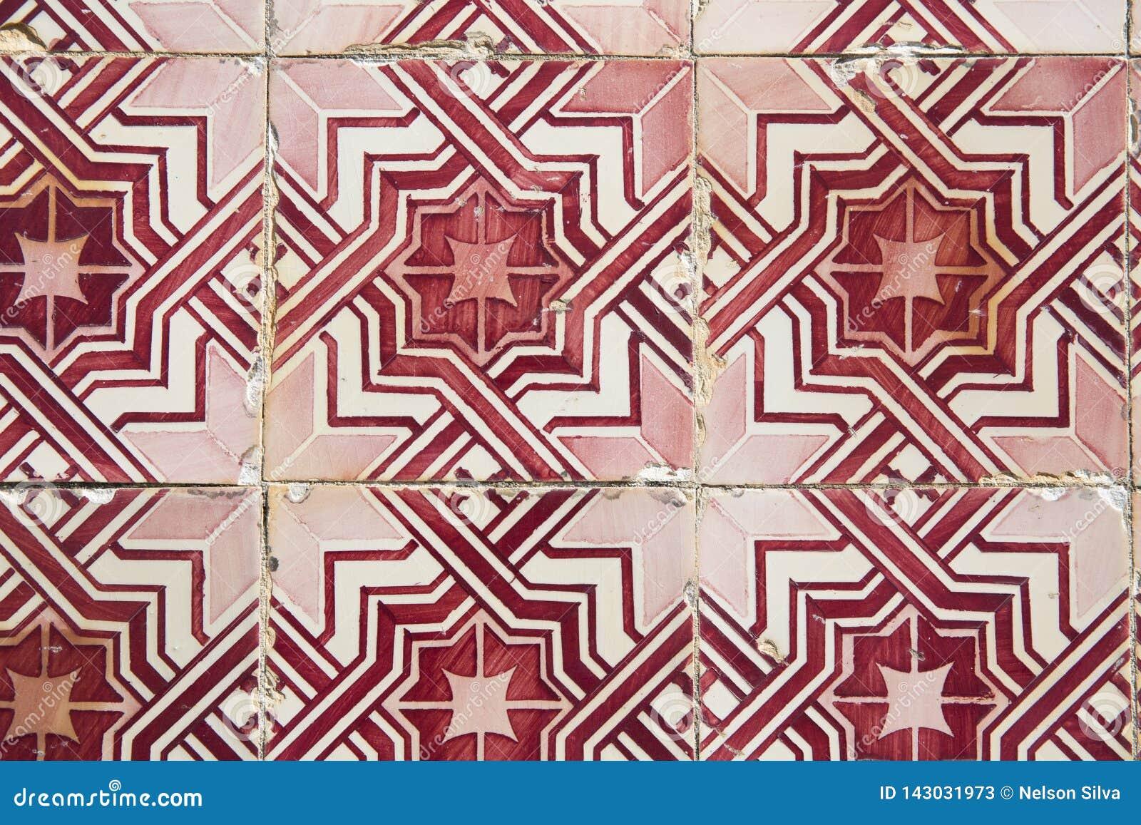 Traditionella utsmyckade portugisiska dekorativa tegelplattor