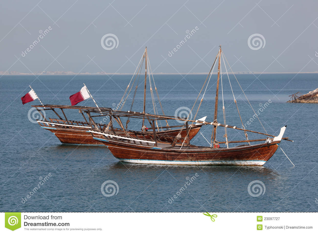 Traditionelle arabische Dhows in Doha