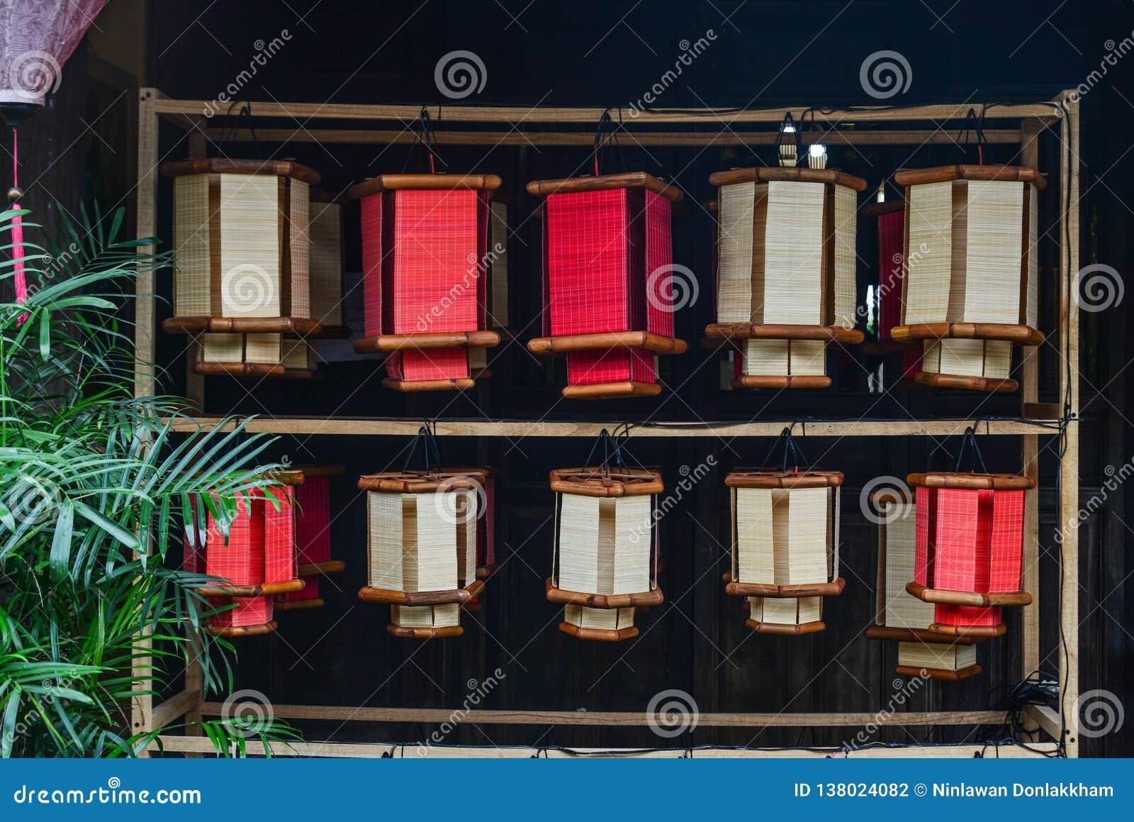 Traditionelle Bambuslaternen für Verkauf