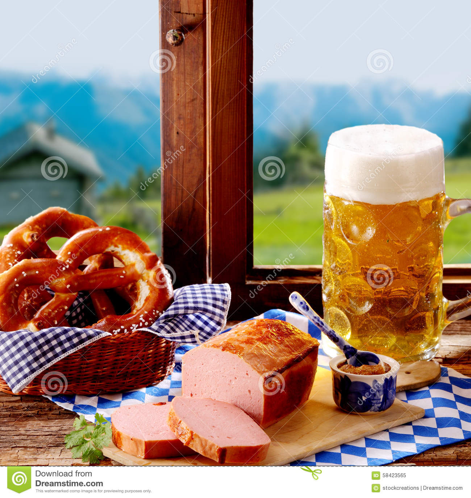 Traditionelle Bayerische Küche Für Oktoberfest Stockbild