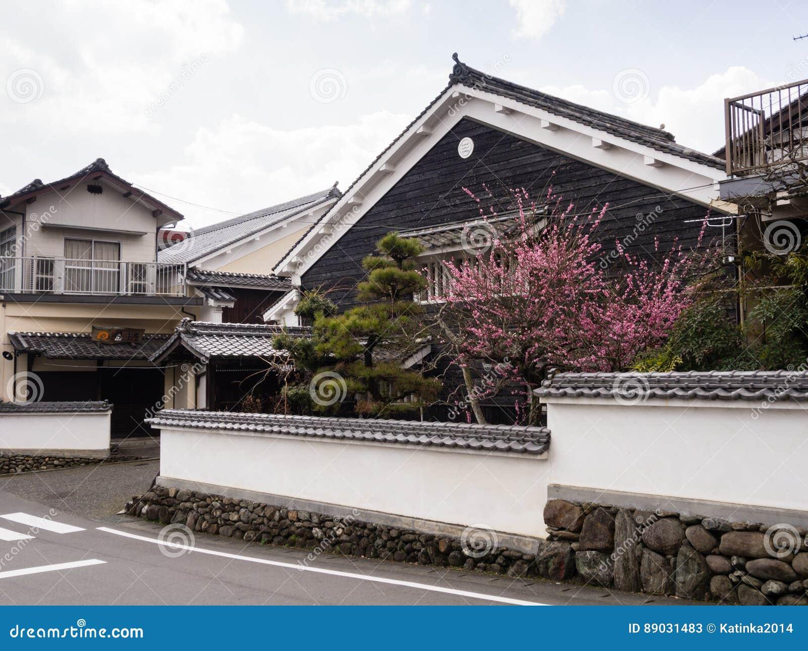 Traditionelle Japanische Häuser In Uchiko, Japan Redaktionelles ...