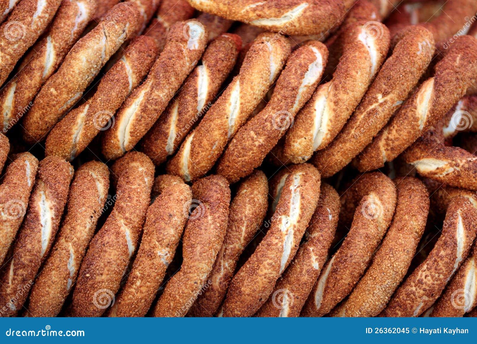 Traditionelle türkische Bagel des indischen Sesams - Simit