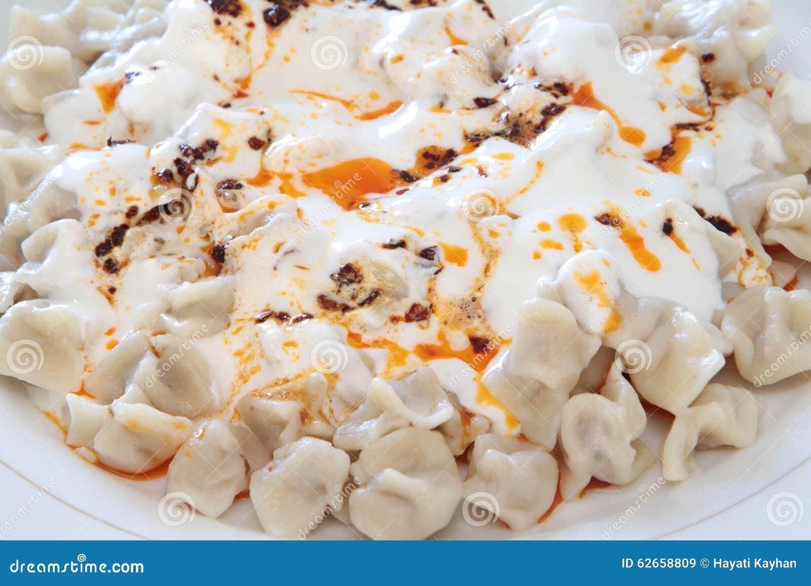 Traditionelle Turkische Kuche Manti Turkische Ravioli Stockbild