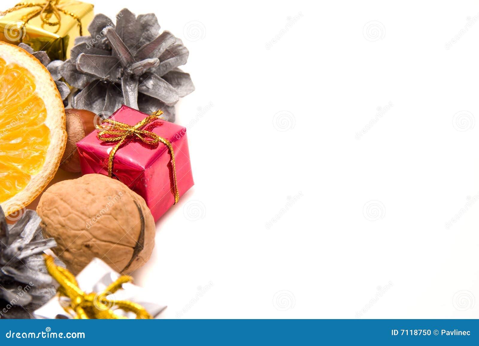 traditionelle weihnachtsdekoration stockfoto bild 7118750. Black Bedroom Furniture Sets. Home Design Ideas