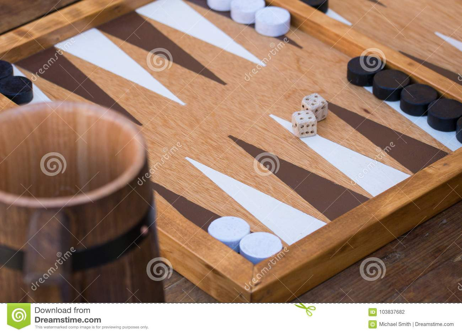 Traditionelles Backgammonspiel