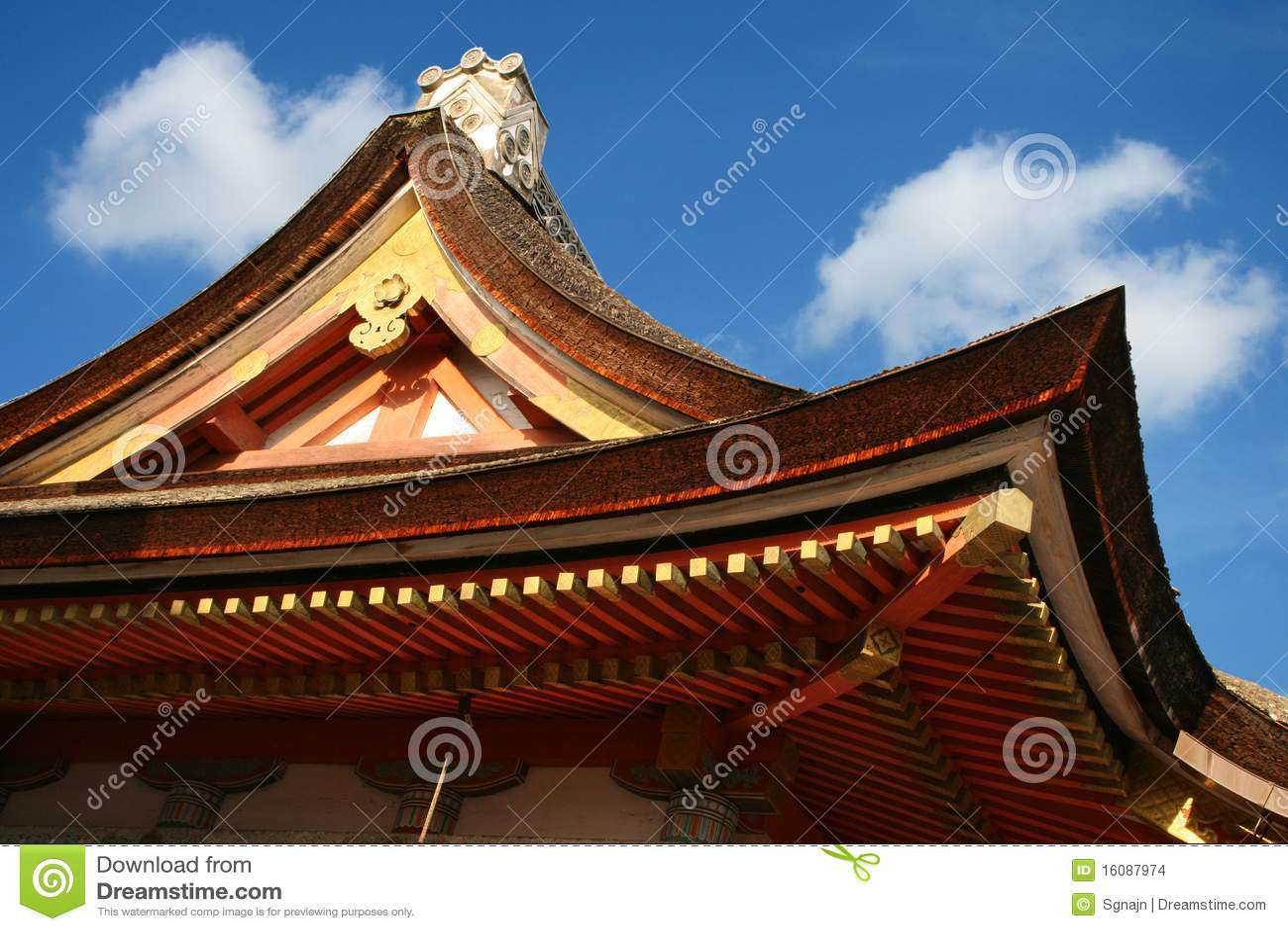 traditionelles japanisches dach stockfoto bild rolle